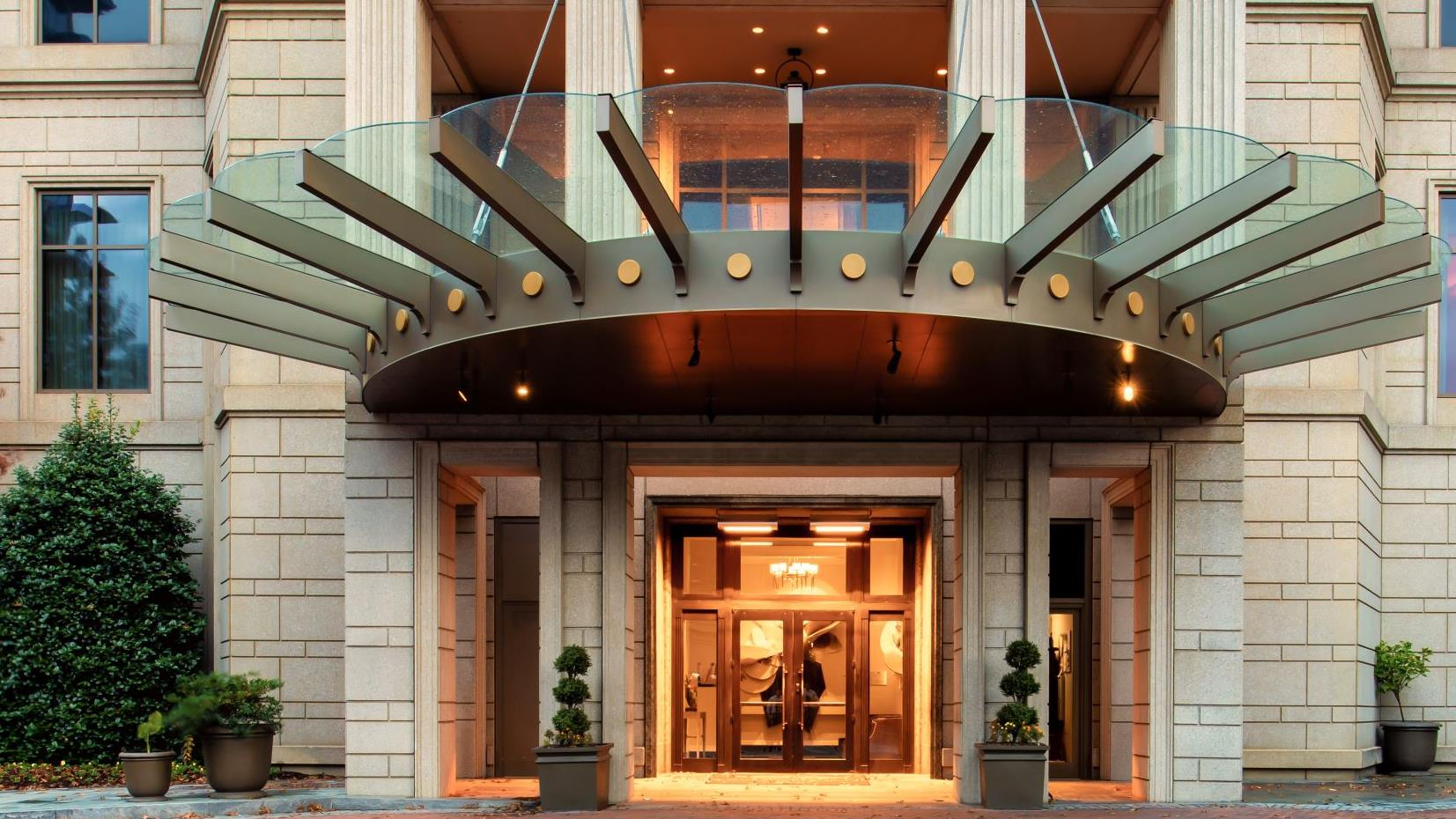 1-Night Stay at Waldorf Astoria Atlanta Image